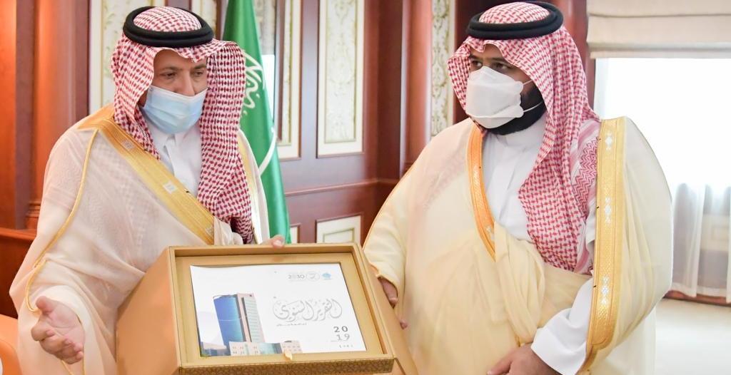 محمد بن عبدالعزيز يهنئ جامعة جازان لحصولها على الاعتماد البرامجي