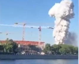 حريق وانفجارات في مستودع للمفرقعات وسط موسكو - المواطن