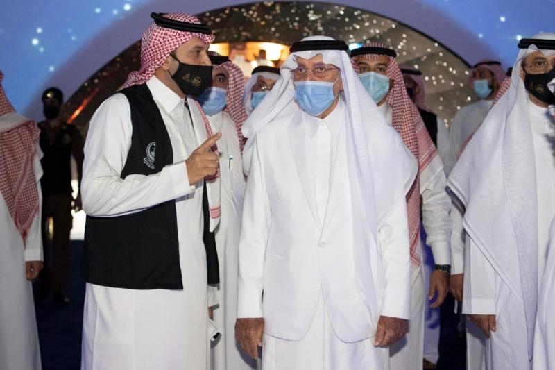 الفيصل يطلع على الاستعدادات النهائية لتدشين معرض مكة الرقمي - المواطن
