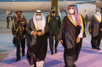 محمد بن سلمان يستقبل ولي عهد الكويت لدى وصوله الرياض - المواطن