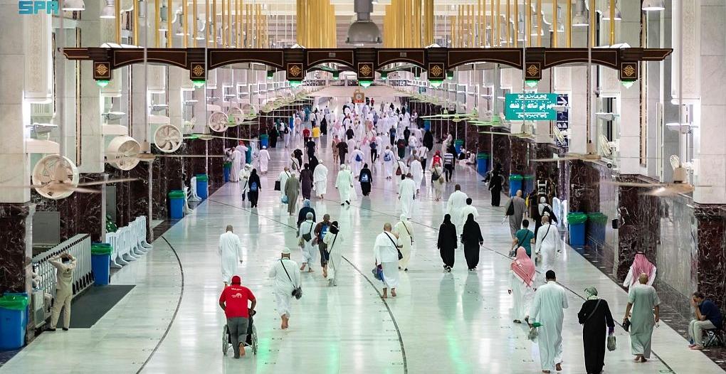 الشؤون الإسلامية تبثّ أكثر من مليون و440 ألف رسالة sms توعوية لضيوف الرحمن