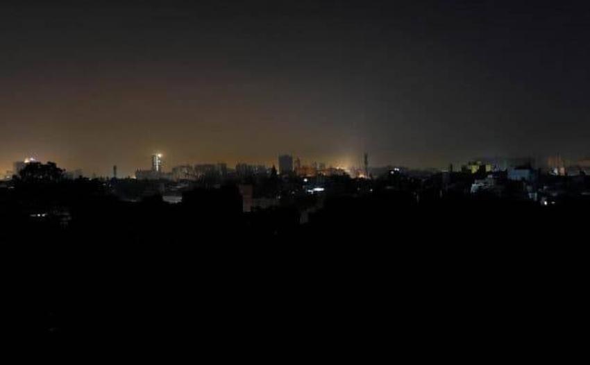 احتجاجات ضخمة في إيران بسبب انقطاع الكهرباء