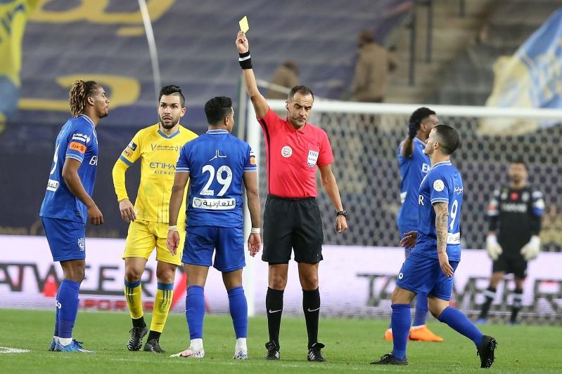 الحكام الأجانب في الدوري السعودي