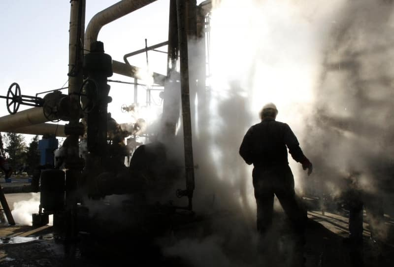 الحياة العامة في إيران مهددة بالشلل