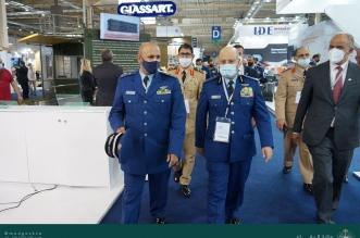 الفريق الرويلي يزور معرض الدفاع الدولي ويبحث التعاون مع نظيره اليوناني - المواطن