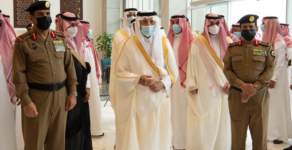 الفيصل ونائبه يزوران مقر القيادة في منى للاطلاع على الخطط الأمنية والصحية