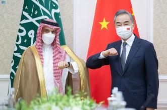 وزير الخارجية يلتقي نظيره الصيني في طشقند