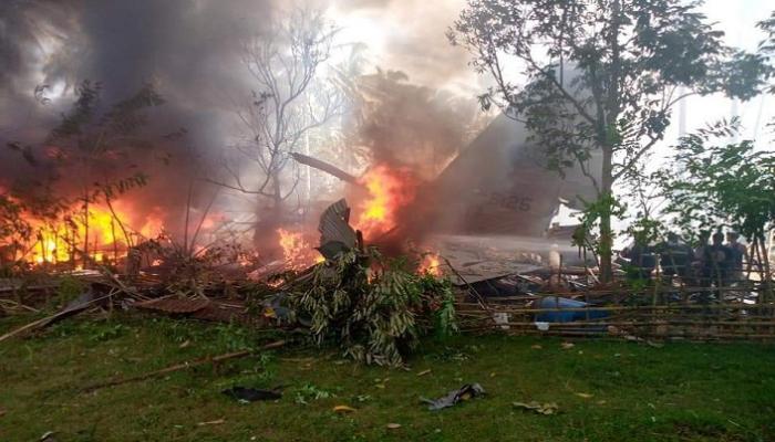 تحطم طائرة عسكرية فلبينية على متنها 85 شخصاً - المواطن