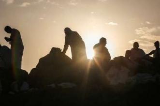 ضيوف الرحمن على صعيد عرفات الطاهر - المواطن