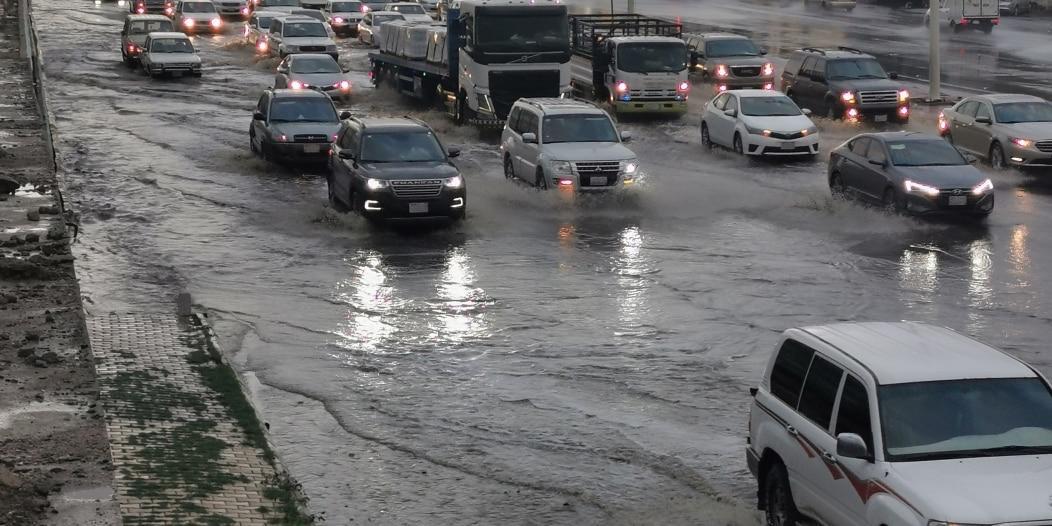 5 نصائح هامة عند هطول الأمطار