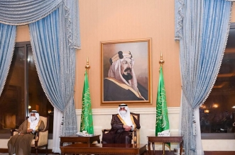 أمير تبوك يستقبل المواطنين في اللقاء الأسبوعي - المواطن