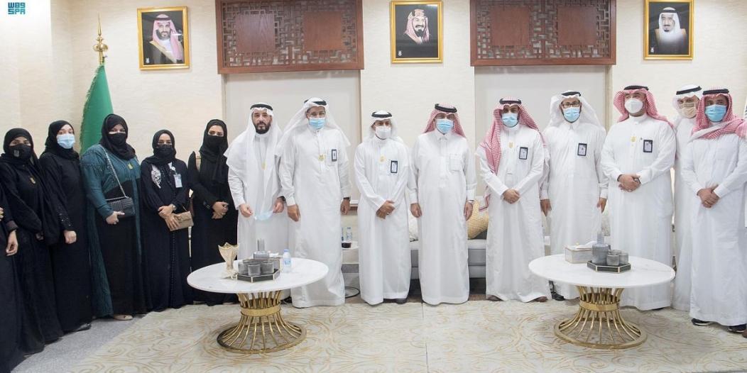 """وزير الإعلام يدشن المركز الإعلامي لـ""""واس"""" بمقر جامعة أم القرى"""