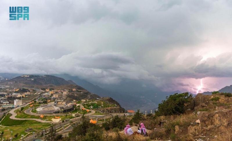 الباحة.. عروس الغابات والغيوم والضباب ومتنفس للسياحة - المواطن