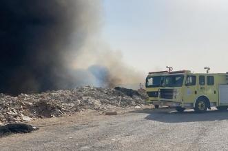 حريق في حشائش وتصاعد الأدخنة بأحد الأودية بالرياض - المواطن