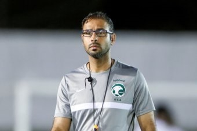 مفاجأة بعقد سعد الشهري مع منتخب السعودية الأولمبي