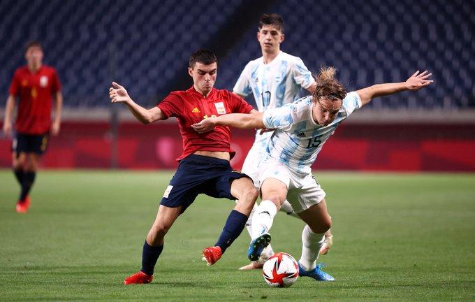 مباراة إسبانيا والأرجنتين