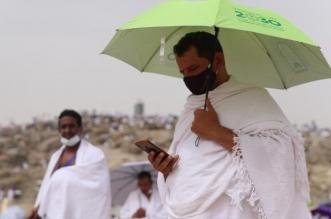 الشؤون الإسلامية توزع 90 ألف مظلة شمسية على ضيوف الرحمن - المواطن
