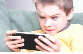 """باحث لـ""""المواطن"""": لا يمكن منع الأطفال من الإلكترونيات وهذا الحل - المواطن"""