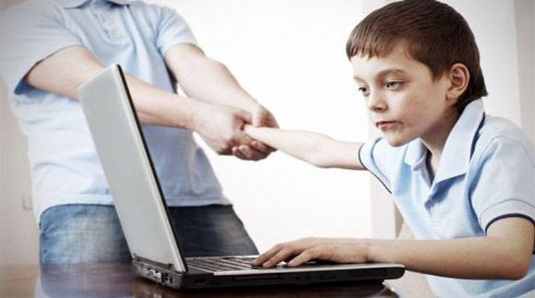 امنعوا الأطفال من السهر في العيد بسبب الإلكترونيات