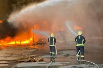 إخماد حريق اندلع في مستودع بحي أم الشعال بالرياض - المواطن