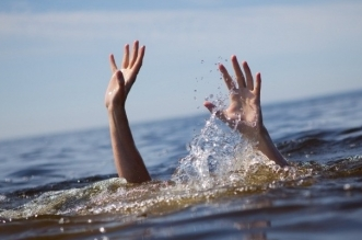 إنقاذ شاب من ماليزيا حاول السباحة إلى السعودية !