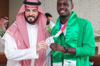 طارق حامدي مع رئيس نادي الهلال