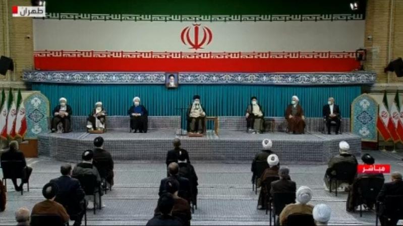 رسميًا.. خامنئي ينصّب إبراهيم رئيسي رئيسًا جديدًا لإيران - المواطن
