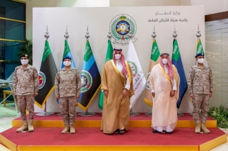 بتوجيه ولي العهد.. نائب وزير الدفاع يتفقد جاهزية القوات المسلحة - المواطن