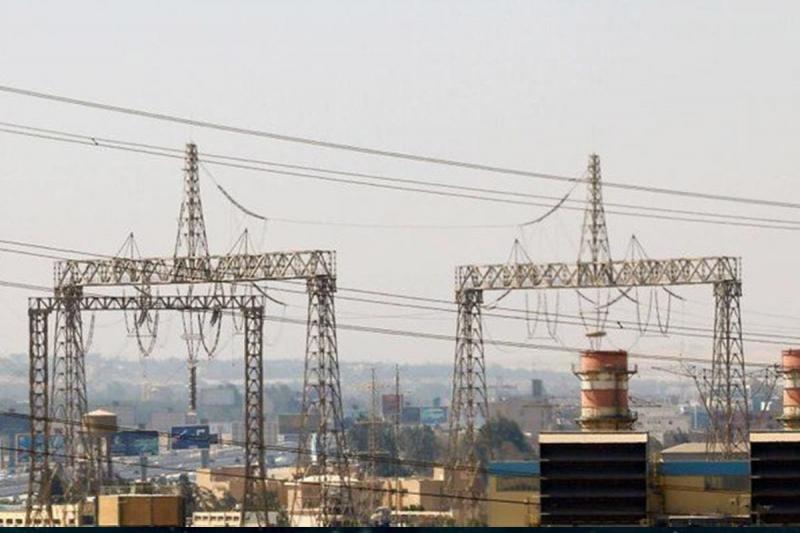 إيران تعمق معاناة العراقيين في أزمة الكهرباء