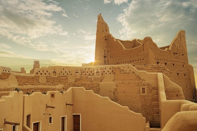 اكتشف سحر السعودية وخباياها الغنية بالتنوع الطبيعي والازدهار