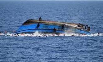 غرق زورق على متنه 100 راكب في الهند - المواطن