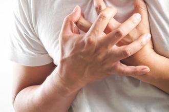 4 علامات على الجلد تشير للإصابة بمرض شديد الخطورة - المواطن