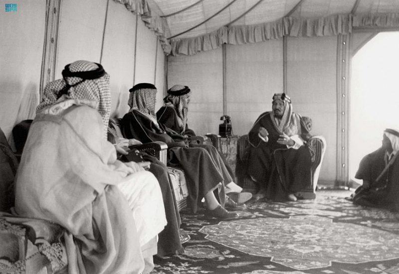 شخصية الملك عبدالعزيز كما رآها الآخرون - المواطن