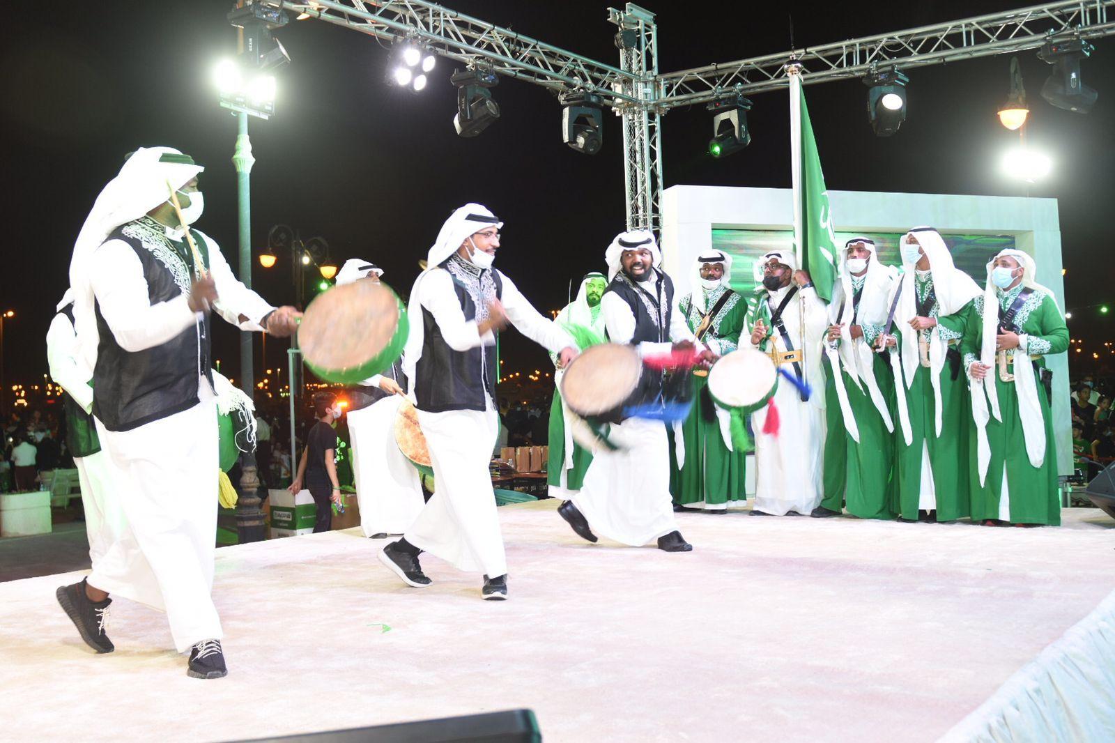صورة محافظة الرس تحتفي بيوم الوطن بالعرضة السعودية