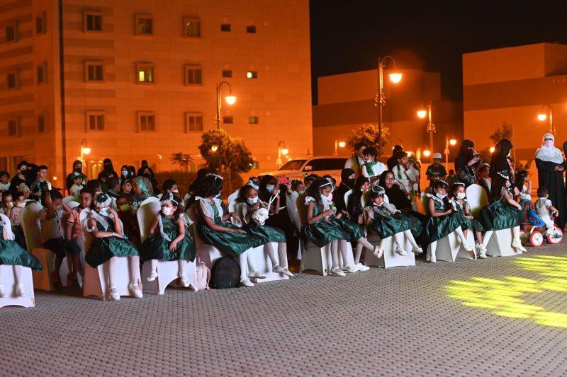 جامعة تبوك تحتفل بـ اليوم الوطني بمسرحية وأوبريت وهدايا - المواطن