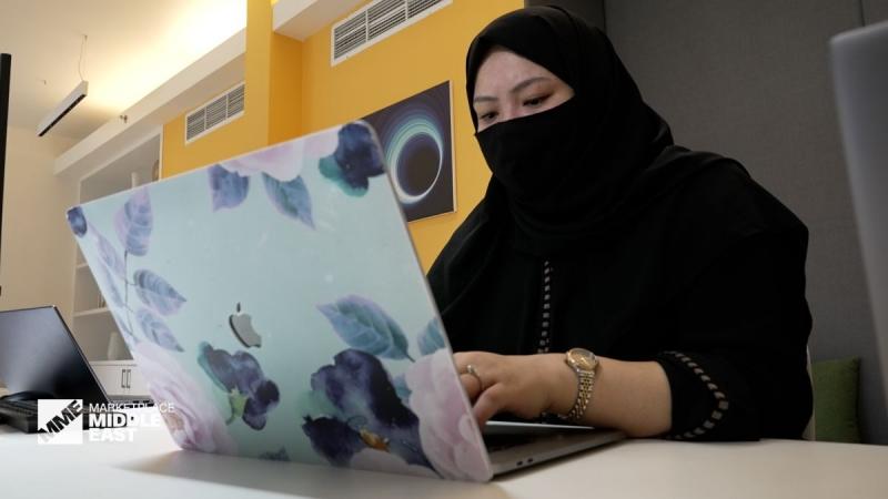 CNN المرأة تعمل على صناعة تكنولوجيا المستقبل في السعودية