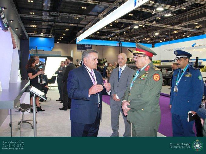 العمرو يرأس وفد المملكة بالمعرض الدولي لمعدات الدفاع والأمن بلندن - المواطن