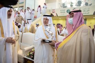 خالد الفيصل يتوج الفائزين في روزنامة سباقات الخيل - المواطن