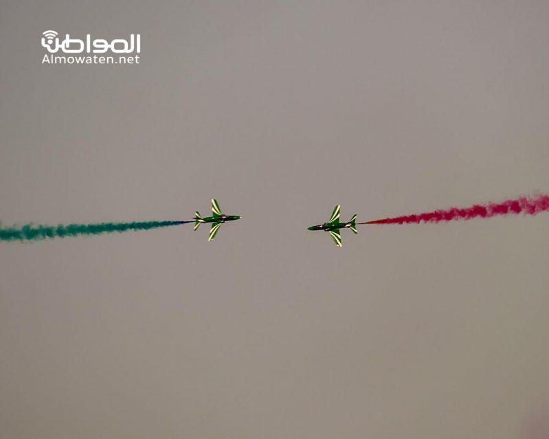 في الرياض .. عروض جوية تخطف الأنظار - المواطن