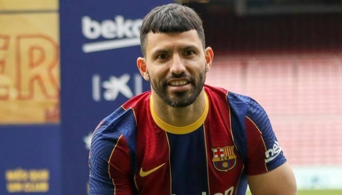 أجويرو يكشف سبب رفضه لرقم 10 في برشلونة بعد رحيل ميسي - المواطن