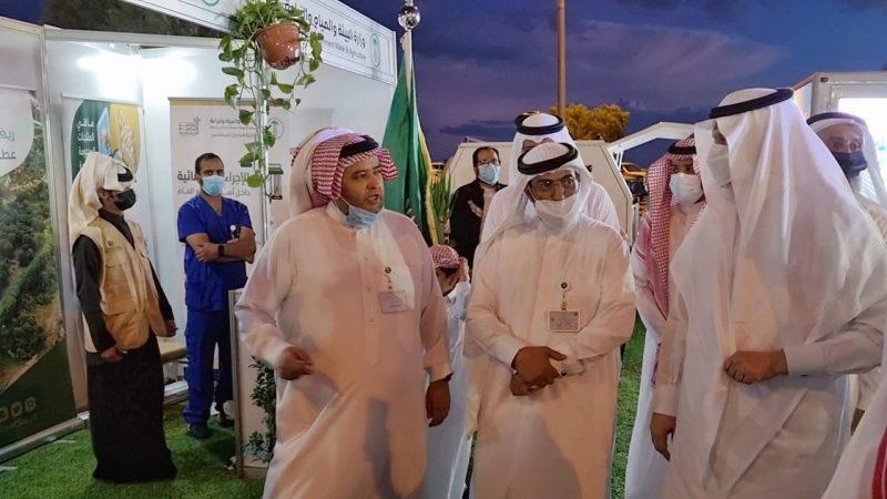 وزير البيئة يكرم المزارعين والصيادين المميزين بعسير - المواطن