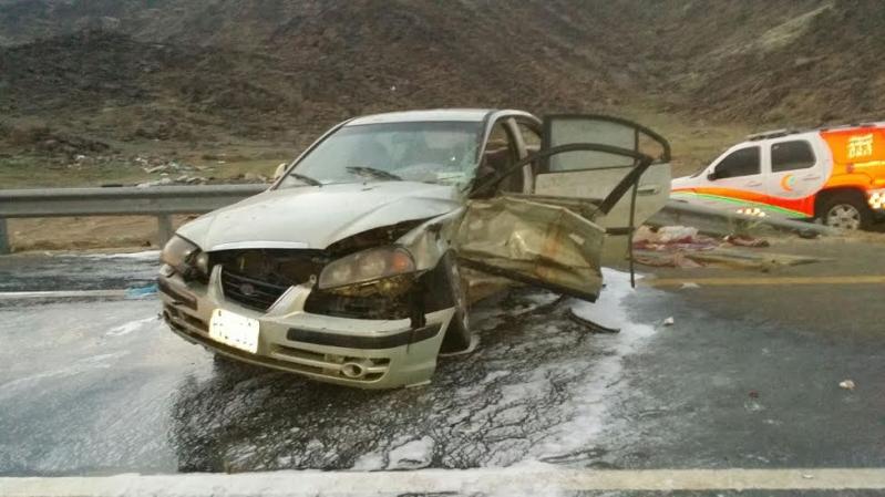 بالصور.. إصابة 6 أشخاص في حادث مروري بطريق #الخواجات222
