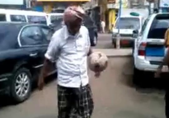 بالفيديو.. عجوز ينافس نجوم العالم في مهارات كرة القدم - المواطن