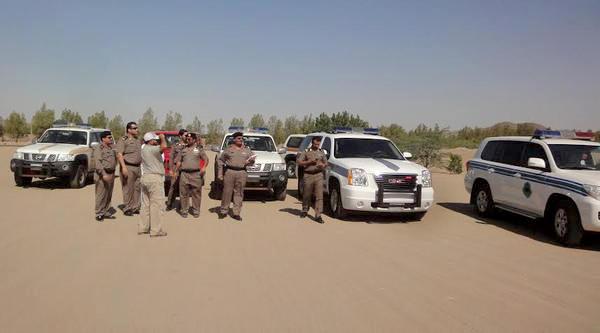 الجهات الأمنيّة تتفقّد مسارات رالي جدّة الصّحراويّ