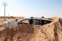 مقاول يزيد من تلفيات سيارة بطريق بنبان الرياض