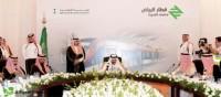 العمل مستمر في نقل آلات الحفر العميق لمشروع قطار الرياض