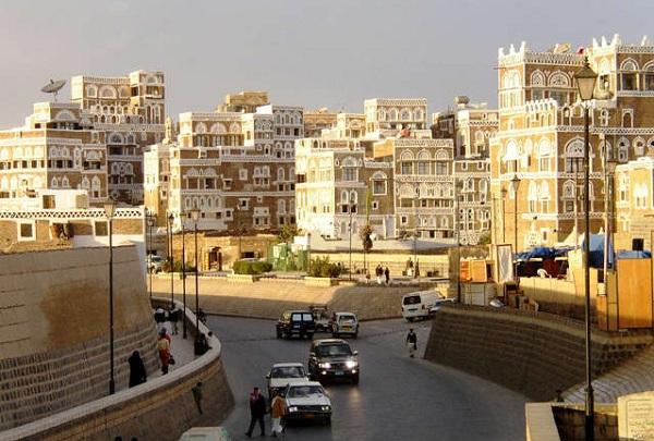 شاهد بالفيديو.. رئيس الأركان اليمني: تحرير صنعاء هدف لكل إنسان يمتلك ذرة من الشرف - المواطن