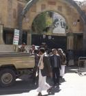 الحوثيون يقتحمون مركزا تابعا للشيخ عبدالله الاحمر وينشروا مسلحيهم على سطحه