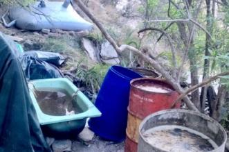 بالصور.. ضبط 3600 لتر بمصنع للخمور في تنومة - المواطن