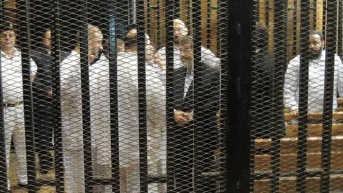 تأجيل محاكمة مرسى و(14) آخرين بقضية الإتحادية إلى الغد - المواطن
